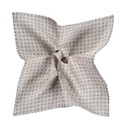 Pochette grise motif losanges